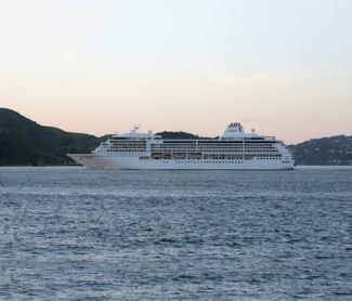 10 Reasons to Love Sailing on Regent Seven Seas Cruises