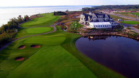 Canada's Cobble Beach Offers Golf Packages for a Perfect Summer Getaway