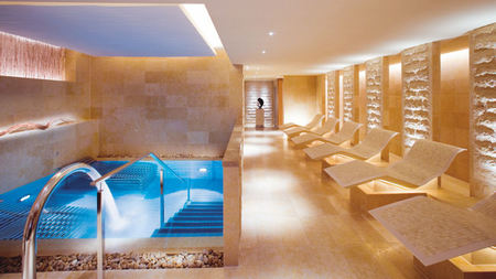 Mandarin Oriental Launches New Spa Package and Asia's First Dior Treatment