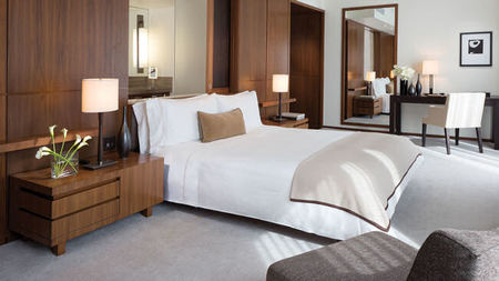 New Rose + Relaxation Package at Langham Place, New York