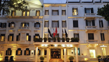 Metropole Hanoi Ushers in the Year of the Dog with a Grand Bazaar