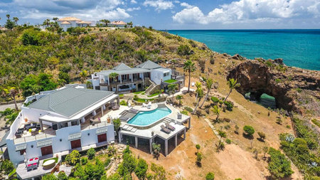 Escape to Le Mas des Sables, an Oceanfront Luxury Villa in St. Martin