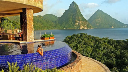 Take a Dip - Luxury Resort Suites with Private Pools