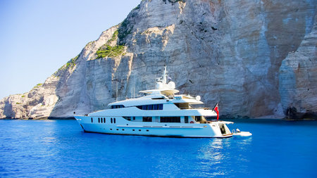 Luxury Travel Agents Now Offer Yachting Vacations