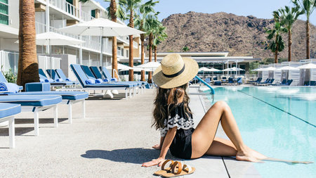 Escape to the Desert this Summer at Mountain Shadows, Scottsdale