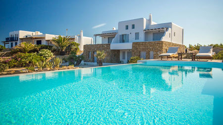Luxurious Villas in Mykonos