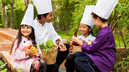 Phulay Bay Cooks up New Petit Chef Program