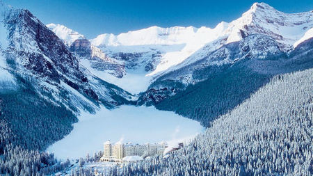 Fairmont's Canadian Hotels Offer Winter Adventure On an Off the Slopes