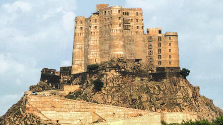230-year-old Warrior Fort Reopens as Alila Fort Bishangarh