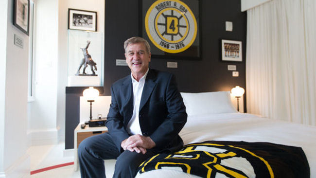 Ames Boston Hotel Unveils Bobby Orr Suite