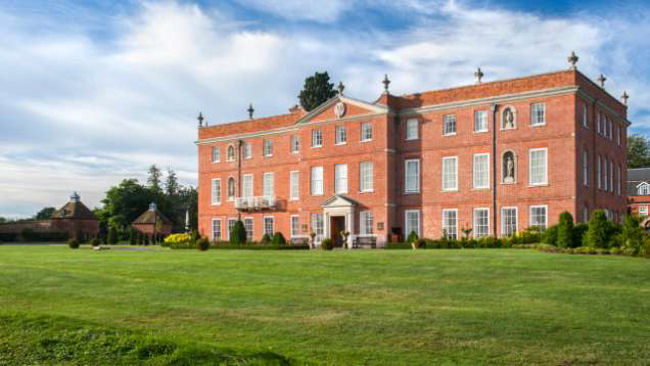 Four Seasons Hotel Hampshire Unveils Wild Carrot Restaurant and Bar