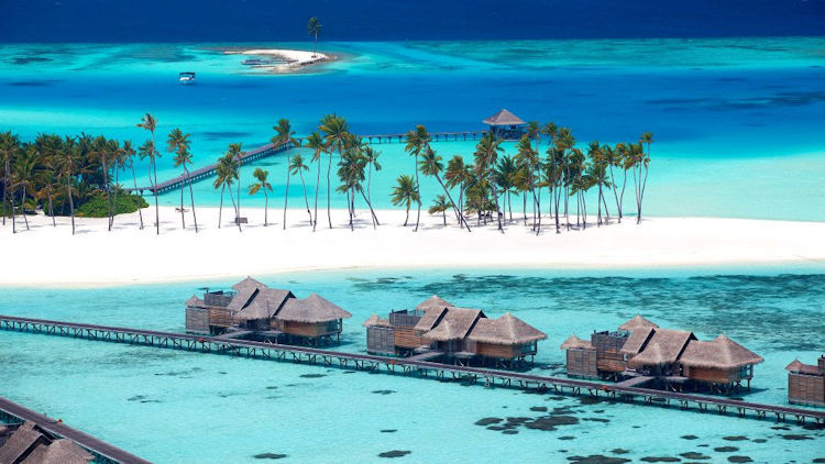 3 Top Luxury Vacations for Couples