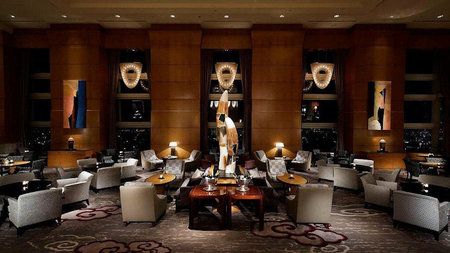 The Ritz-Carlton, Tokyo Partners with Manolo Blahnik for the Holidays