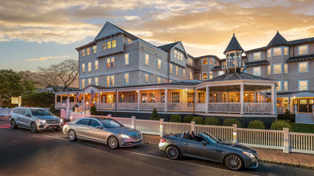 Harbor View Hotel Partners with Mercedes-Benz for Guests to Drive in Style