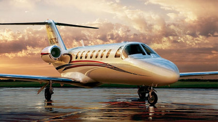 Acqualina Partners with Tradewind Aviation for Ultra-Lux Private Jet Getaway