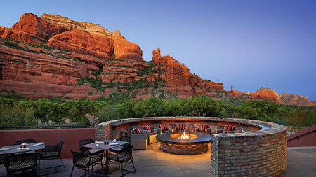 Look up! Stargazing, Full Moon Hikes, and more at Enchantment Resort