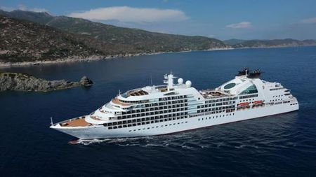 Seabourn Conversations to Host Steve Wozniak and Lord Digby Jones