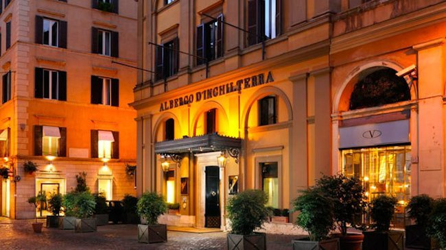 Rome's Hotel d'Inghilterra Offers Pet Pampering Amenities in the Eternal City