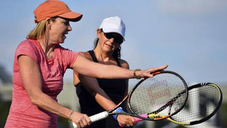 SPG Members Get Full Court Treatment from Tennis Pro Chris Evert