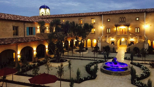 The Allegretto Vineyard Resort Opens in Paso Robles, CA
