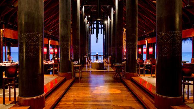 Striking Restaurant & Bar Design Around the World