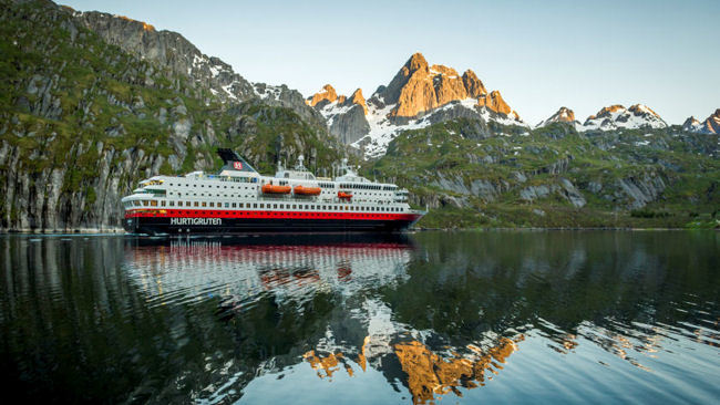 Hurtigruten Launches Exclusive Offers to Celebrate 125 Years of Exploration Travel