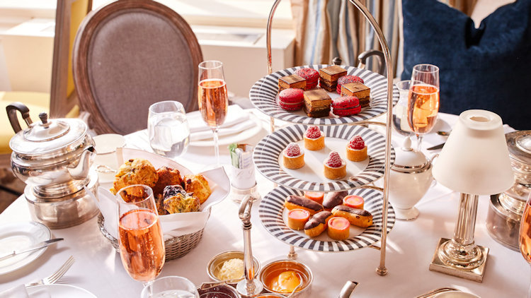The Lowell Hotel: The Country's Most Exquisite Afternoon Tea