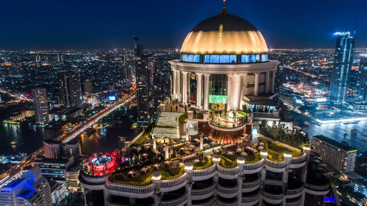 5 Most Unforgettable Sky-High Venues to Ring in the New Year
