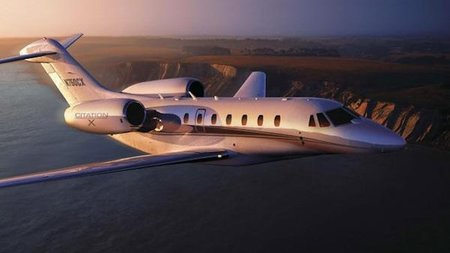 3 Essential Tips for Booking Private Jet Travel