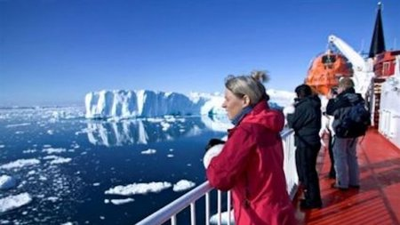 Explore Greenland on a Coastal Voyage