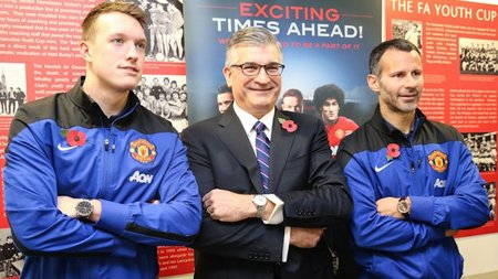 Bulova & Manchester United Introduce Co-Branded Timepiece