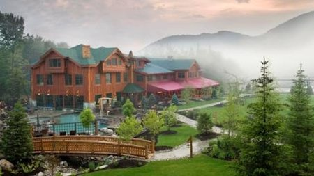 Spa and Retail Therapy at Lake Placid's Whiteface Lodge