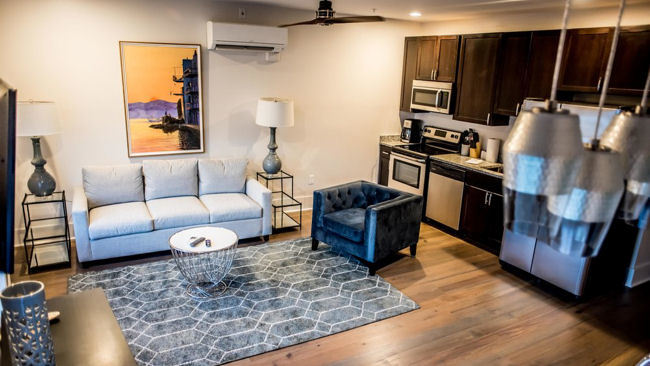 493 King: Vacation with the Comforts of Home in Charleston