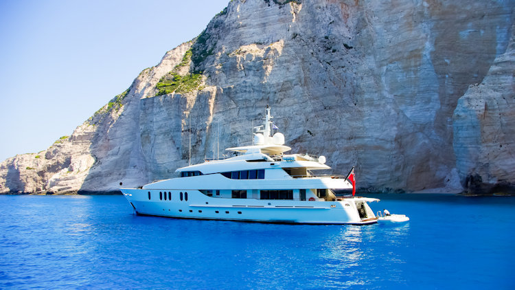 Luxury Cruising: Why you should upgrade to a yacht charter