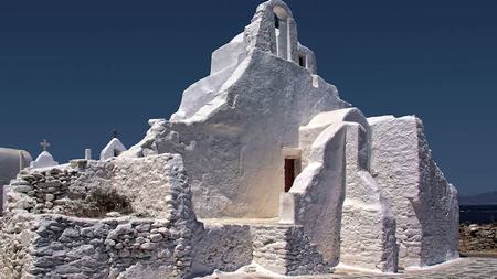 Easter in Mykonos: What to Do and Things to Avoid