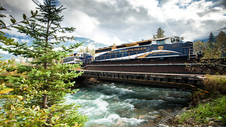 All Aboard! Rocky Mountaineer Reveals the Splendor of the Canadian Rockies