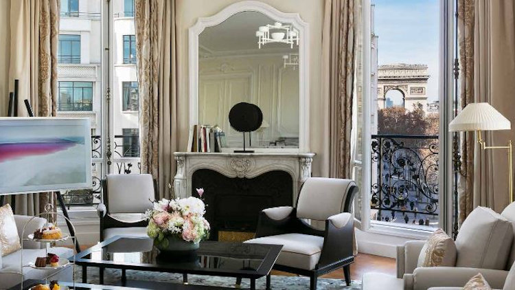 The Most Glamorous New Parisian Retreat