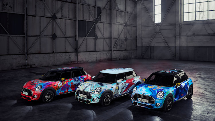 Hertz Adds New Mini Cooper Fleet to British Collection
