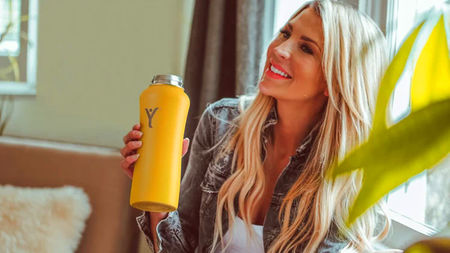Make Alkaline Water On The Go with the DYLN Bottle