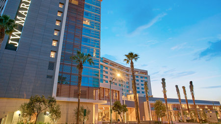 New Luxury JW Marriott Anaheim Resort Debuts in Orange County