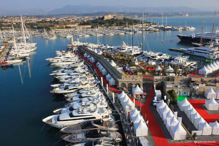 Antibes Yacht Show Draws Thousands of Visitors