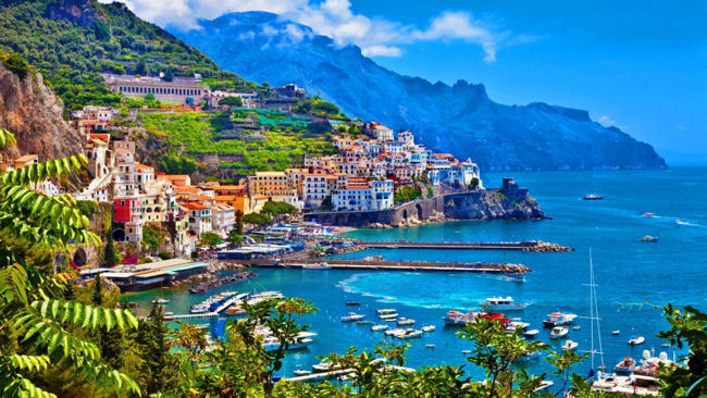 Tips for Enjoying the Beaches of the Amalfi Coast