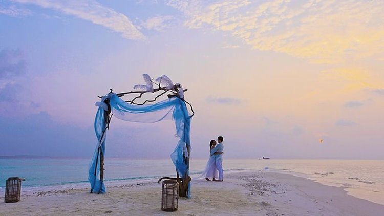 Say I Do & Something Blu in the Maldives with Four Seasons