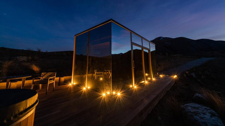 First Look at New Luxury Mirrored Pods in New Zealand