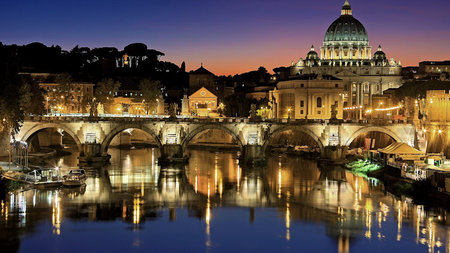 New Night Tour Lets You Explore the Vatican Under the Stars