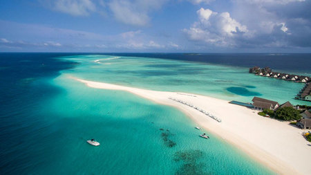 Four Seasons Maldives Offers Special Reopening Package