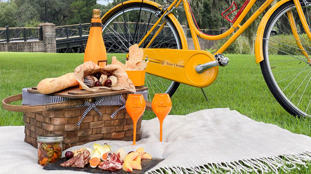 Montage Palmetto Bluff Offers New Picnic + Pedal Experience with Veuve Clicquot