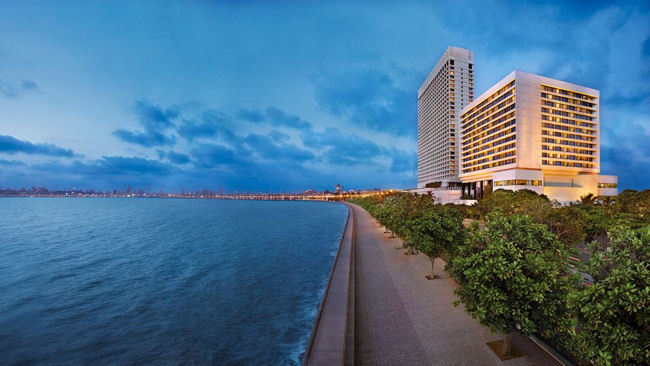 The Five Star Experience in Mumbai: The Oberoi & Trident Hotels