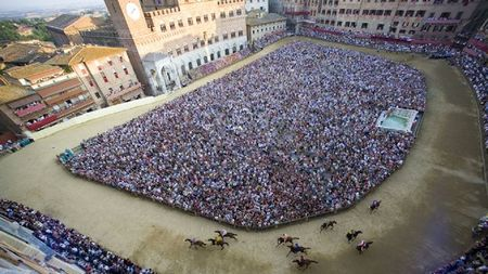 Rosewood Castiglion del Bosco Offers Private Palio Experience