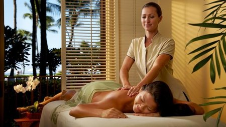 Hawaii's Halekulani Hotel Puts the Ah! In Spa with New Living-Well Program